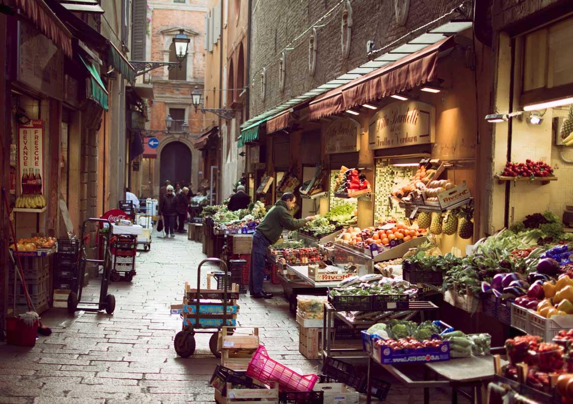Il Quadrilatero, visitare l'antico mercato di Bologna ...