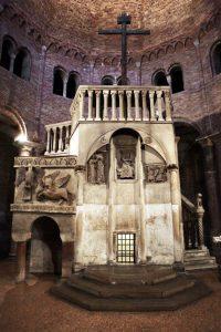 Chiesa del santo sepolcro, Bologna, Italy