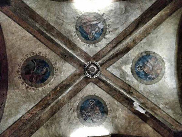 seven secrets of Bologna Italy, Voltone del Podestà