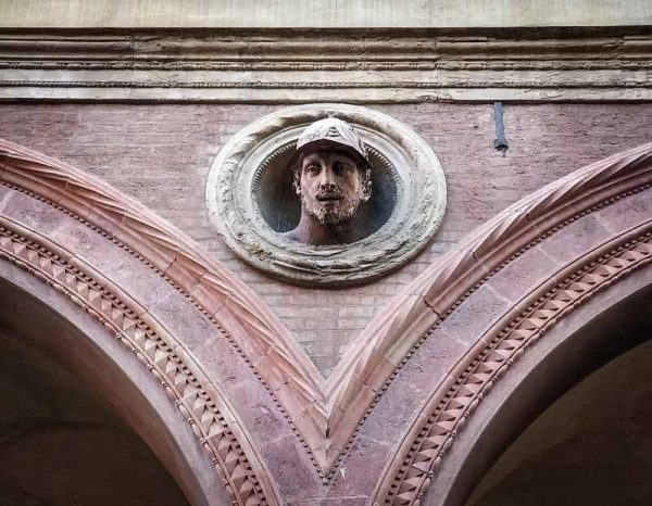 Piazza Santo Stefano, dettaglio, Bologna Italy