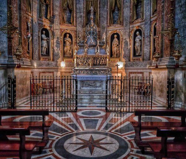 basilica di san domenico, visit bologna, italy, church, arca di niccolò dell'arca