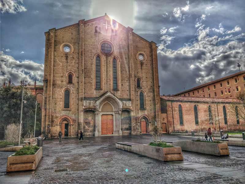 La Basilica di San Francesco, bologna, italia